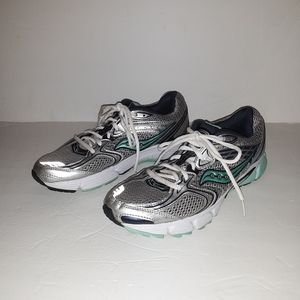Women's Saucony Grid Liberate Shoes Size:9